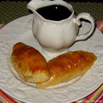 Maple Sausage Breakfast Pastries recipe