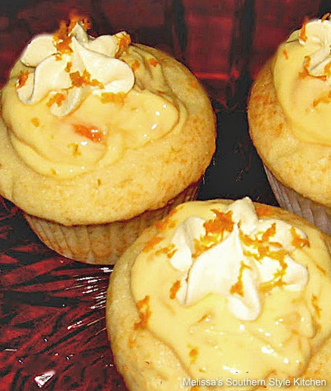 easy French Vanilla Cupcakes with Dreamscicle Filling