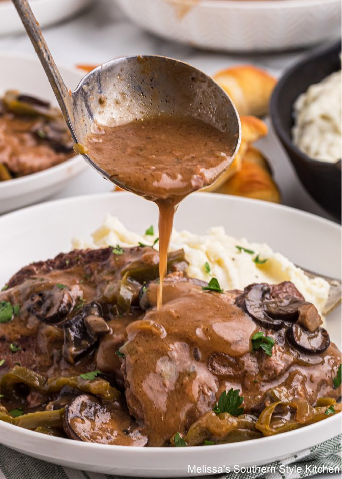 best ever Slow Cooked Smothered Cubed Steak with Gravy
