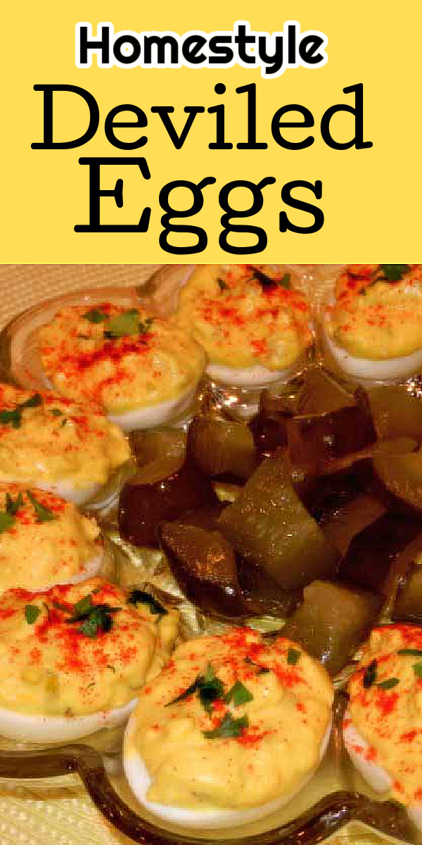 homestyle Delicious Deviled Eggs are perfectly seasoned making them a spectacular side dish or starter for a party #deviledeggs #homestyleeggs #eggs #eggrecipes #southerndeviledeggs #easyeggrecipes #appetizers #holidaysidedishrecipes