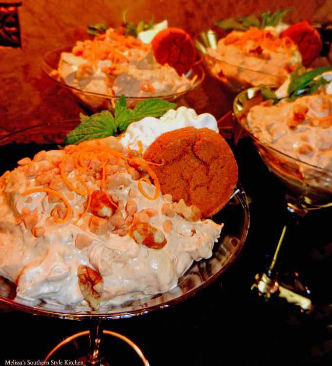 pumpkin-spice-dip-with-cookies