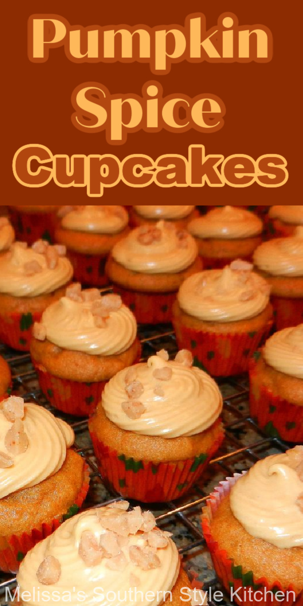 These two-bite cupcakes are the perfect handheld treat for your holiday dessert table #pumpkincupcakes $pumpkinspice #pumpkinspicecupcakes #creamcheeseicing #minicupcakes #caramelicing #fallbaking #holidaydesserts #thanksgivingrecipes