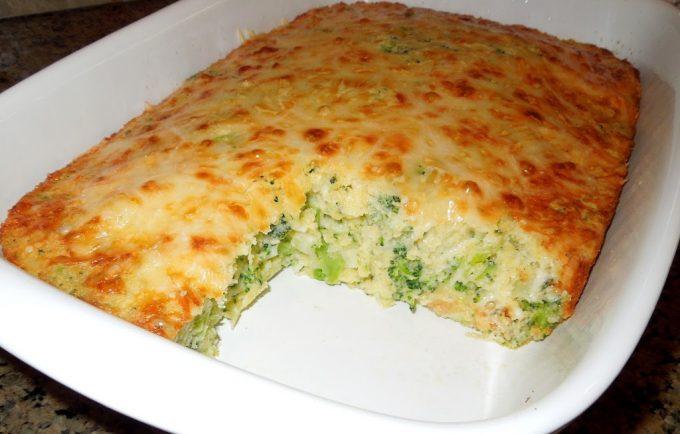 Broccoli Cheese Cornbread - melissassouthernstylekitchen.com