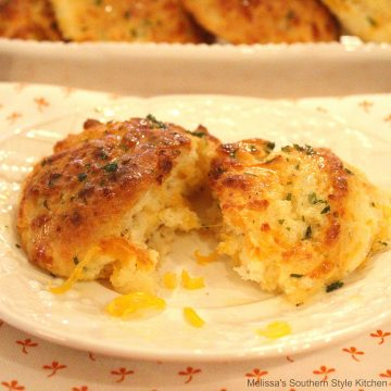 Recipe Garlic And Herb Cheddar Biscuits