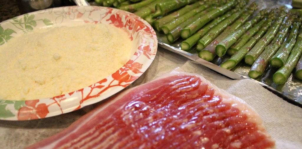 Bacon-Parmesan-Asparagus-Bundles-002