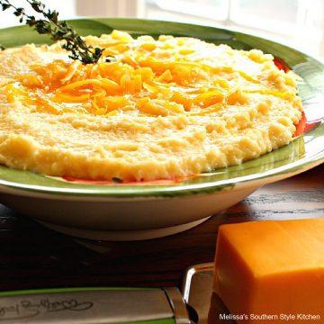 Cheesy Cheddar Grits recipe