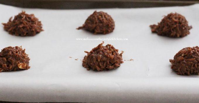 Chocolate-Almond Macaroon Cookies