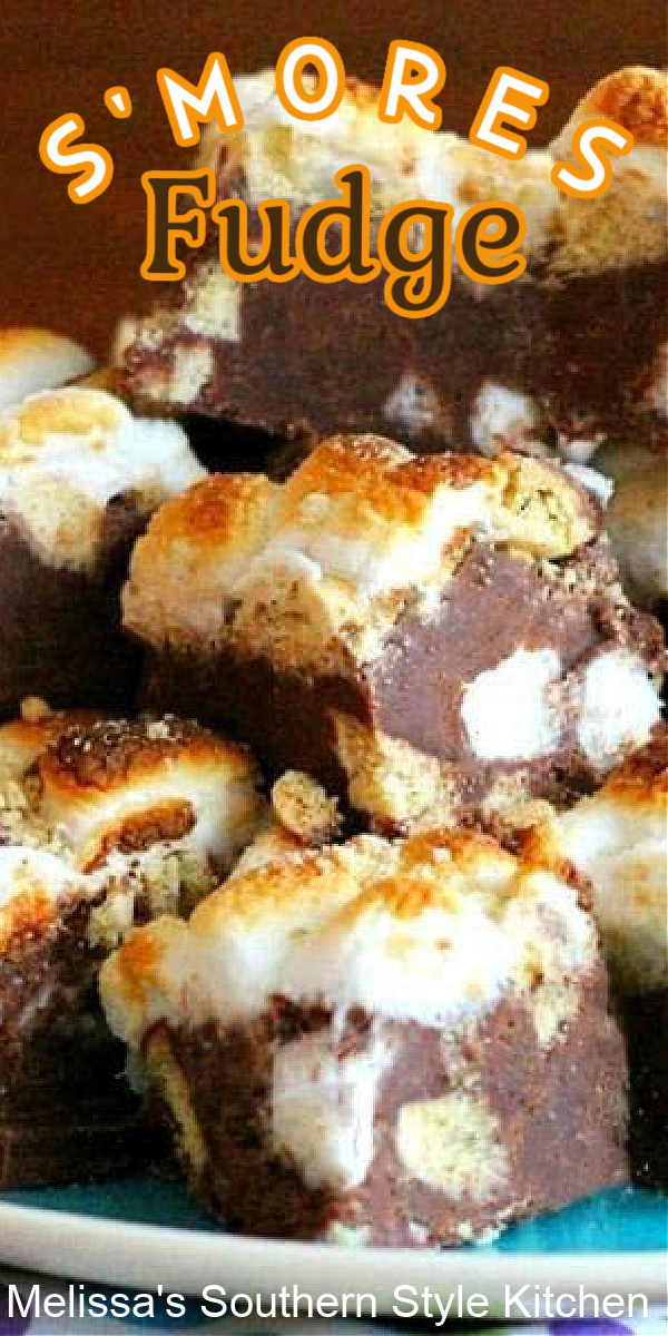 No campfire is required to make this S'mores Fudge #fudgerecipes #smores #smoresfudge #chocolate #fudgerecipes #bestfudgerecipes #southernfood #southernrecipes #christmascandy #summerdesserts #sweets #holidayrecipes