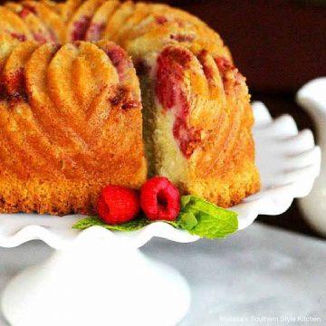 lemon-raspberry-sour-cream-pound-cake