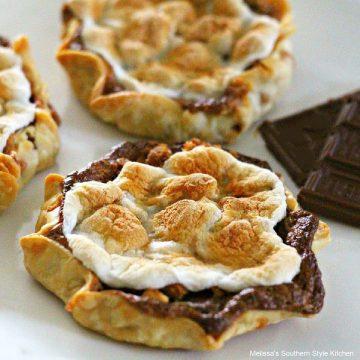Mini Peanut Butter S'mores Pies recipe