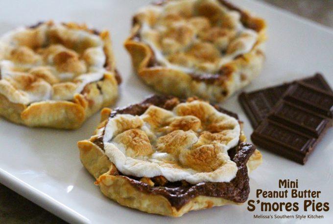 Mini Peanut Butter S'mores Pies - melissassouthernstylekitchen.com