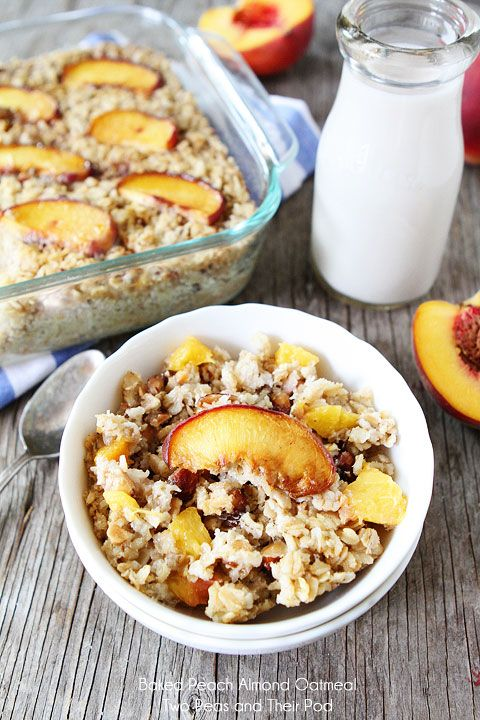 Baked-Peach-Almond-Oatmeal