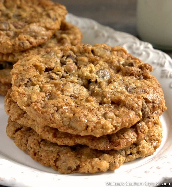 baked Loaded Oatmeal Chocolate Chip Cookies