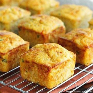 kickin-crab-corn-muffins