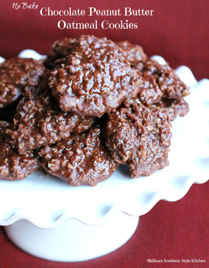 No Bake Chocolate Peanut Butter Oatmeal Cookies