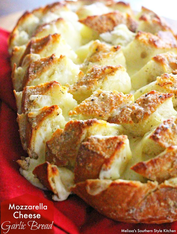 Mozzarella Cheese Garlic Bread - melissassouthernstylekitchen.com