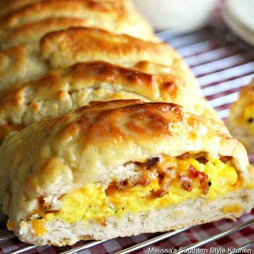 Bacon Egg and Cheese Biscuit Braid