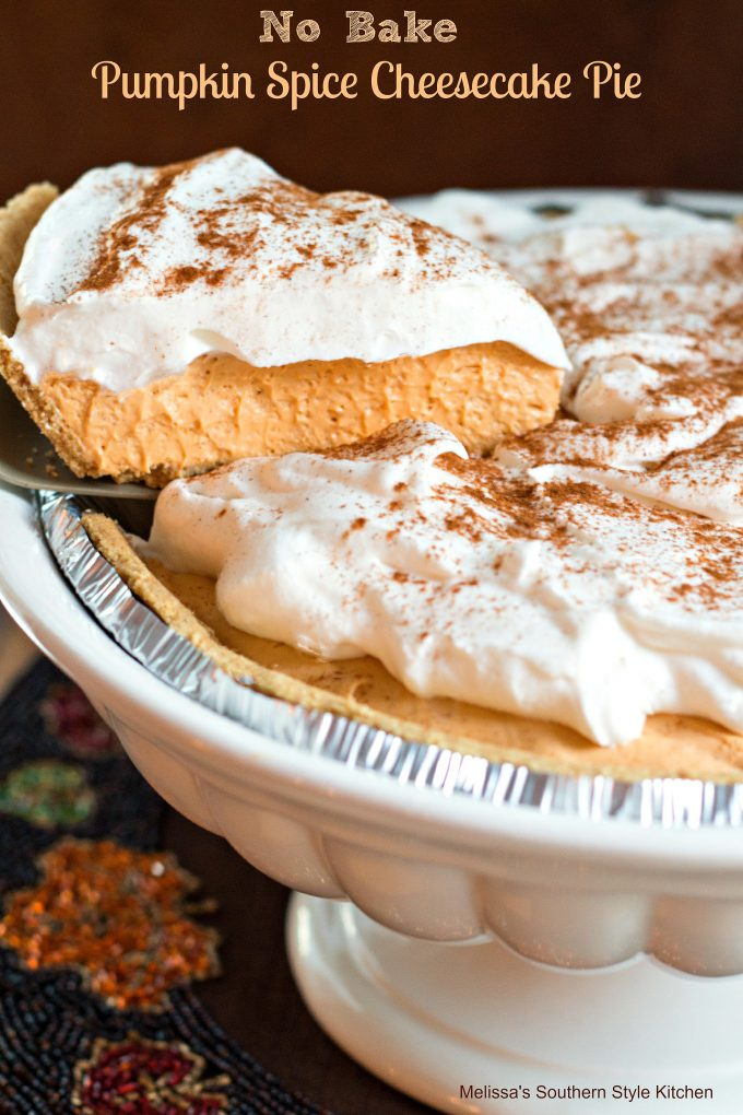 No Bake Pumpkin Spice Cheesecake Pie