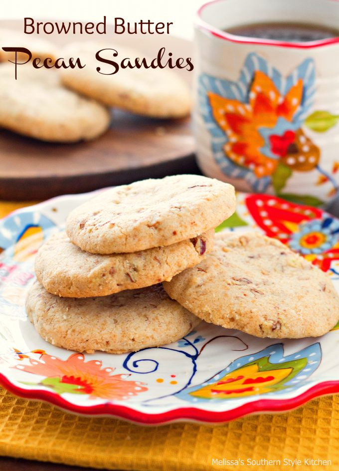 Browned Butter Pecan Sandies - melissassouthernstylekitchen.com