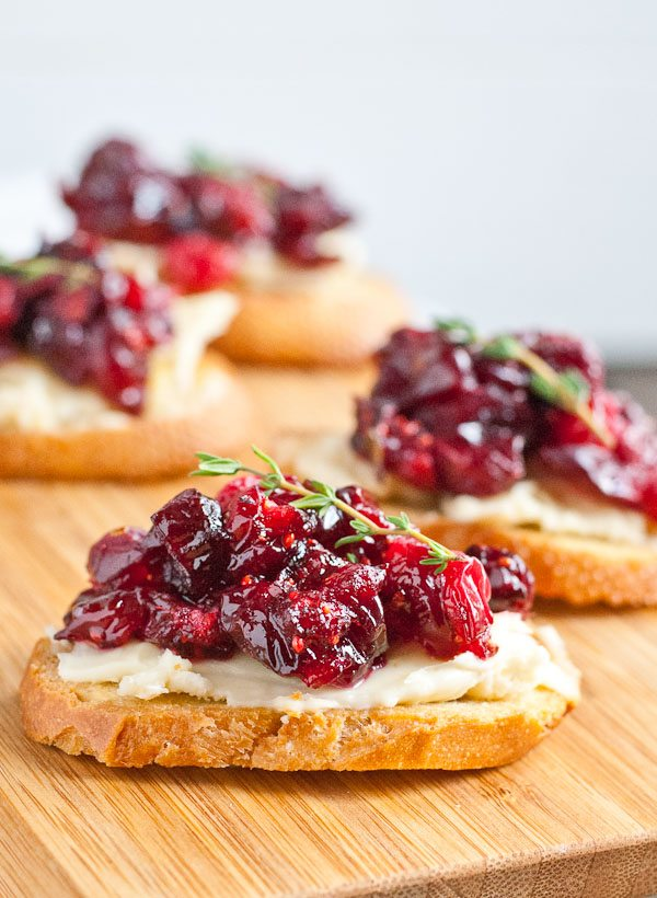 cranberry-brie-appetizer-crostini-7
