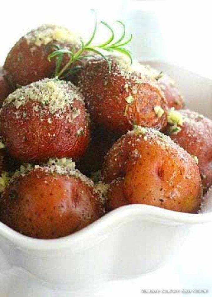 crockpot-red-potatoes-with-rosemary-butter