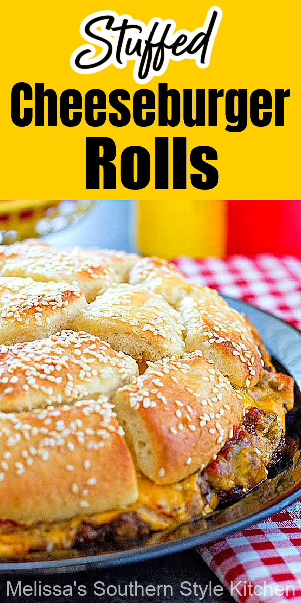 Skip the bun and make this pull apart Stuffed Cheeseburger Rolls #cheeseburgers #burgers #rolls #cheeseburgerbread #cheese #dinnerideas #easyrecipes #southernfood #southernrecipes #groundbeefrecipes