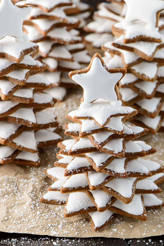 snowy-gingerbread-christmas-trees