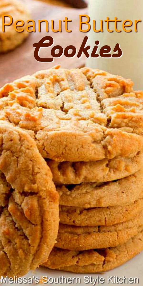 These classic peanut butter cookies pack a bite of nostalgia with every bite #peanutbuttercookies #classicpeanutbuttercookies #cookies #cookierecipes #holidaybaking #christmascookies #holidays #peanutbutter #comfortfcood #kidfriendly #southernfood #southernrecipes