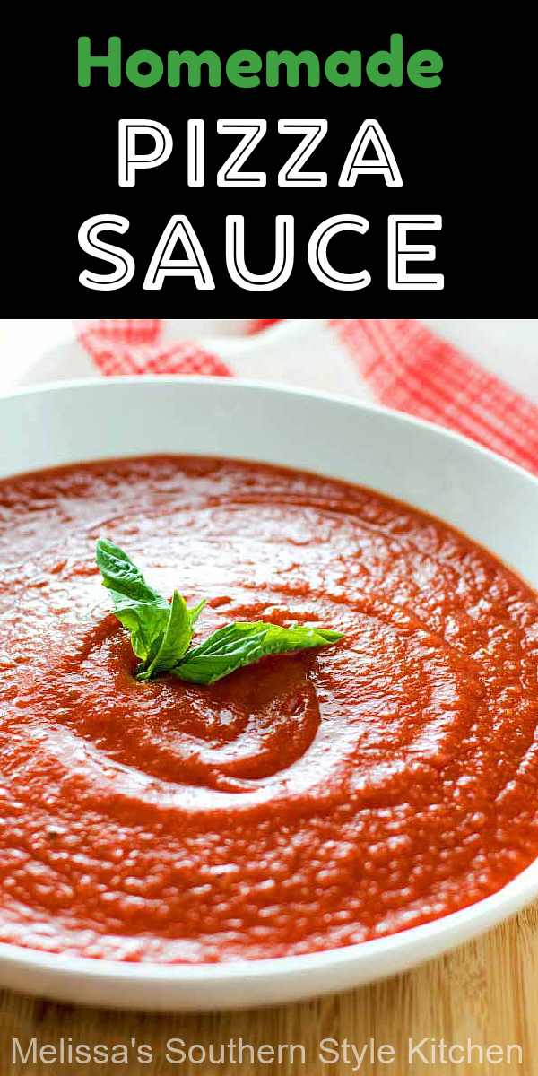 This pizza sauce takes 5 minutes to make! #pizzasauce #homemadepizzasauce #tomatosauce #pizzas #pizzarecipes #dinner #dinnerideas #food #recipes #southernfood #italian #italianinspired #southernrecipes