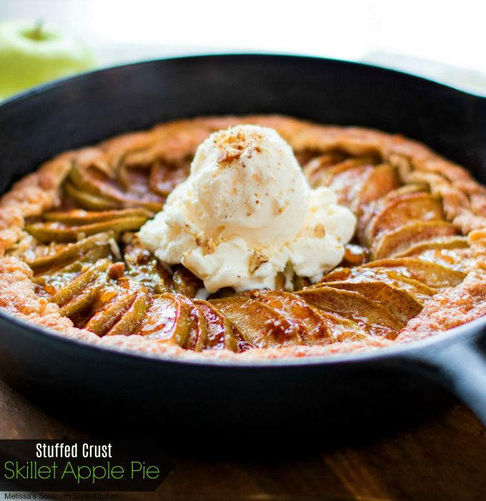 Stuffed Crust Skillet Apple Pie