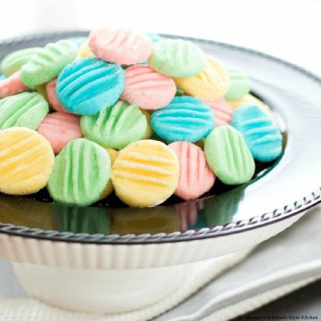 how to make Easy Cream Cheese Mints