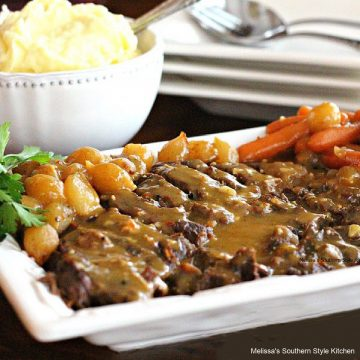 Southern style Slow Cooked Roast with Creamy Mushroom Gravy recipe