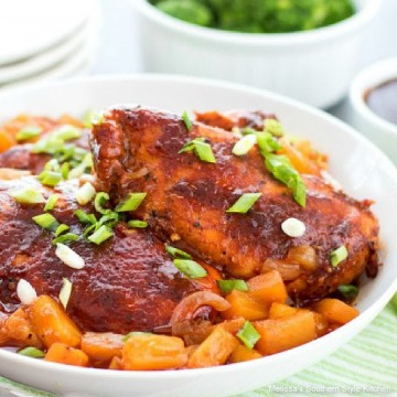 slow-cooker-pineapple-barbecue-chicken