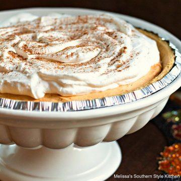 No-Bake Pumpkin Spice Cheesecake Pie