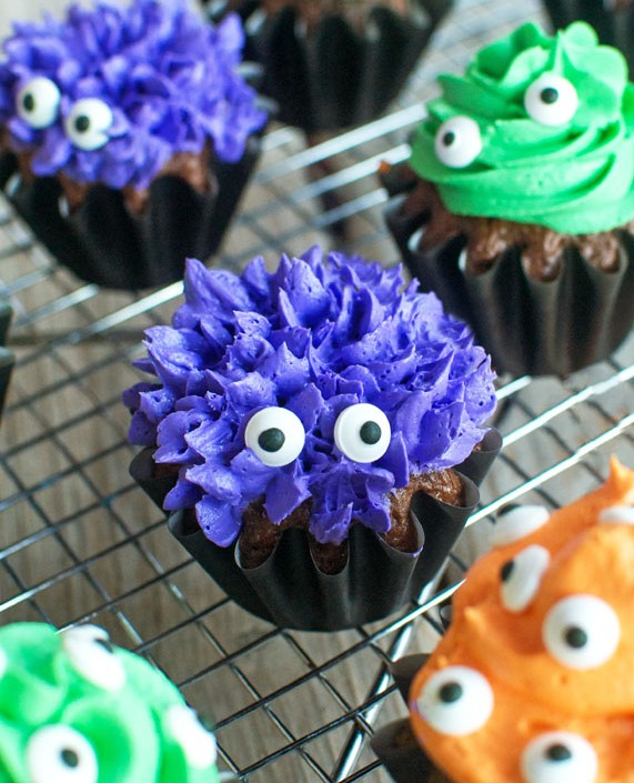 No Tricks Just Treats! 20 Not-So-Scary Halloween Treats