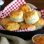 How To Make Fluffy Southern Buttermilk Biscuits