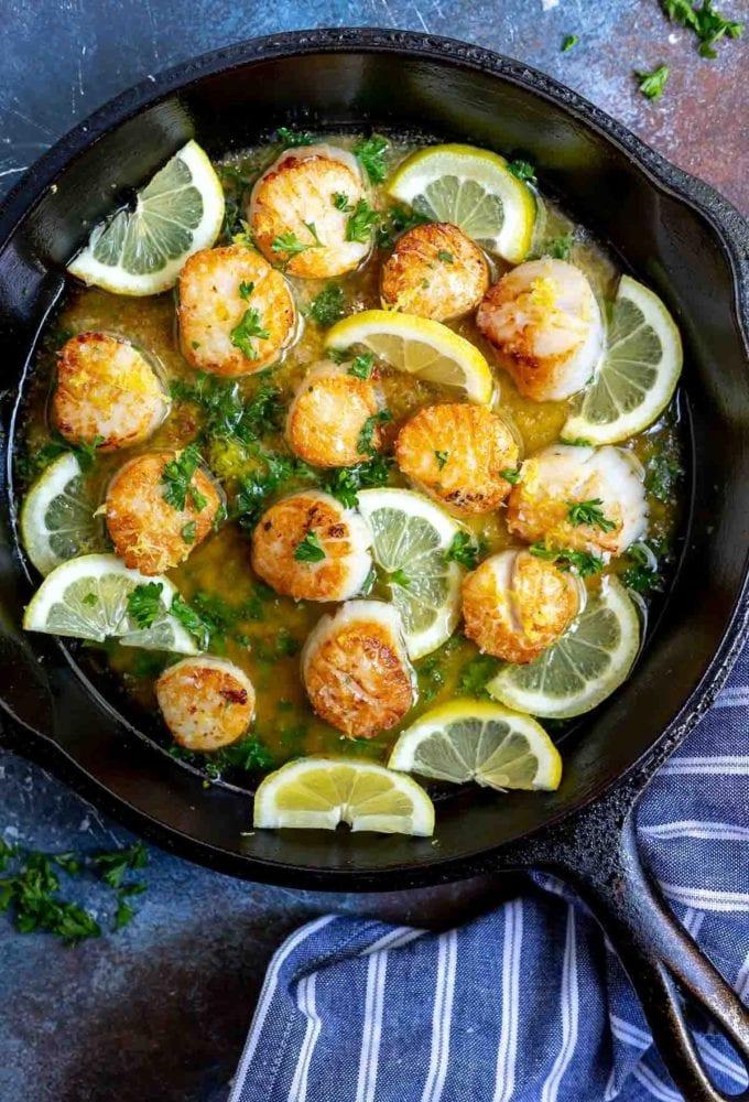lemon butter scallops in a skillet