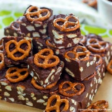 pretzel-avalanche-fudge-recipe