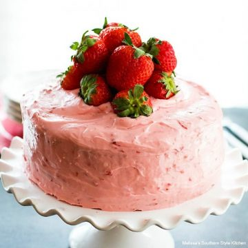 best ever Easy Strawberry Layer Cake