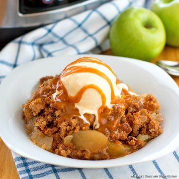 Crockpot Apple Dump Cake
