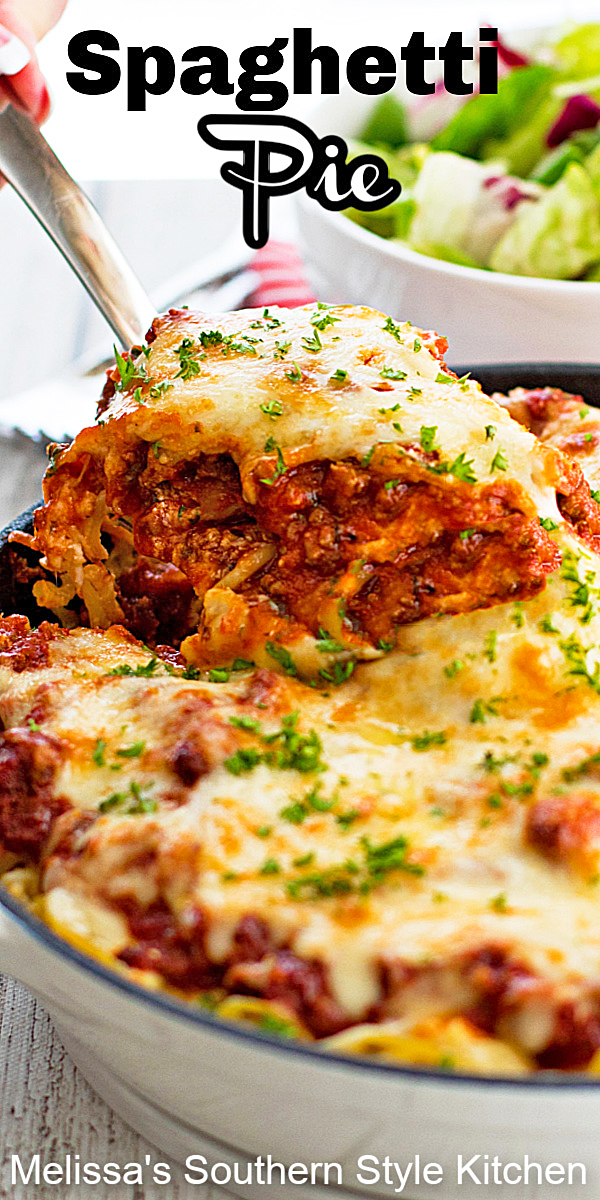Make this spaghetti pie for a weekday Italian feast #spaghetti #spaghettirecipes #spaghettisauce #pasta #dinner #dinnerideas #southernrecipes #easygroundbeefrecipes #southernfood