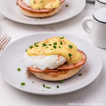 Eggs Benedict with easy Hollandaise Sauce recipe
