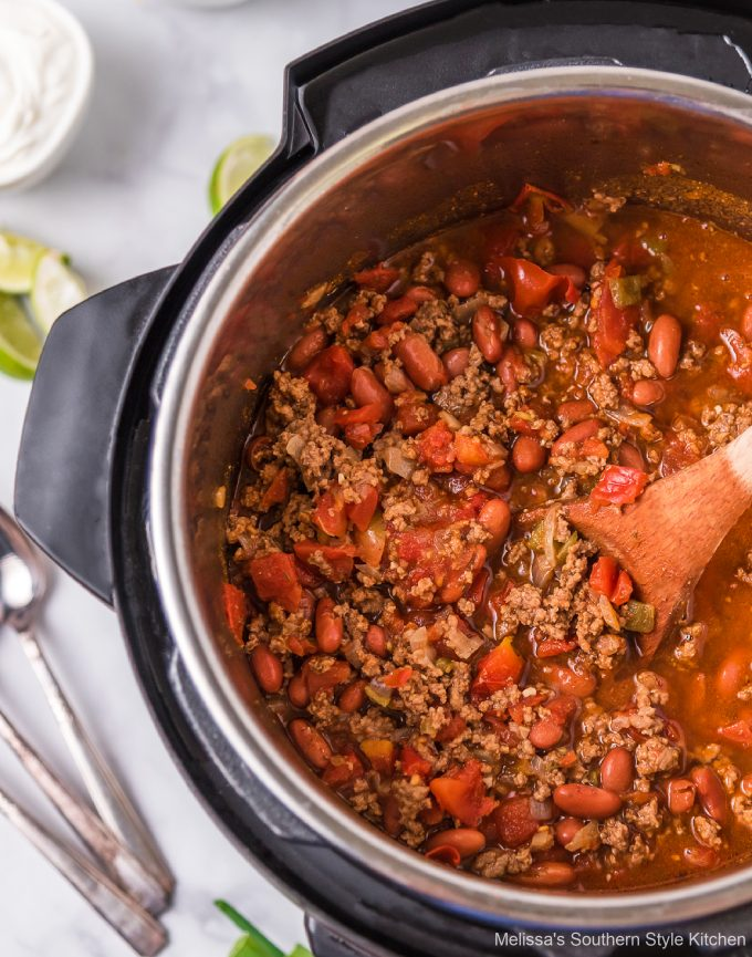 Instant Pot Beef and Bean Chili