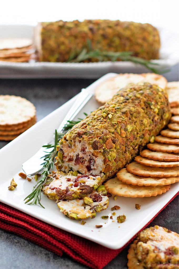 Easy Cranberry Pistachio Cheese Log