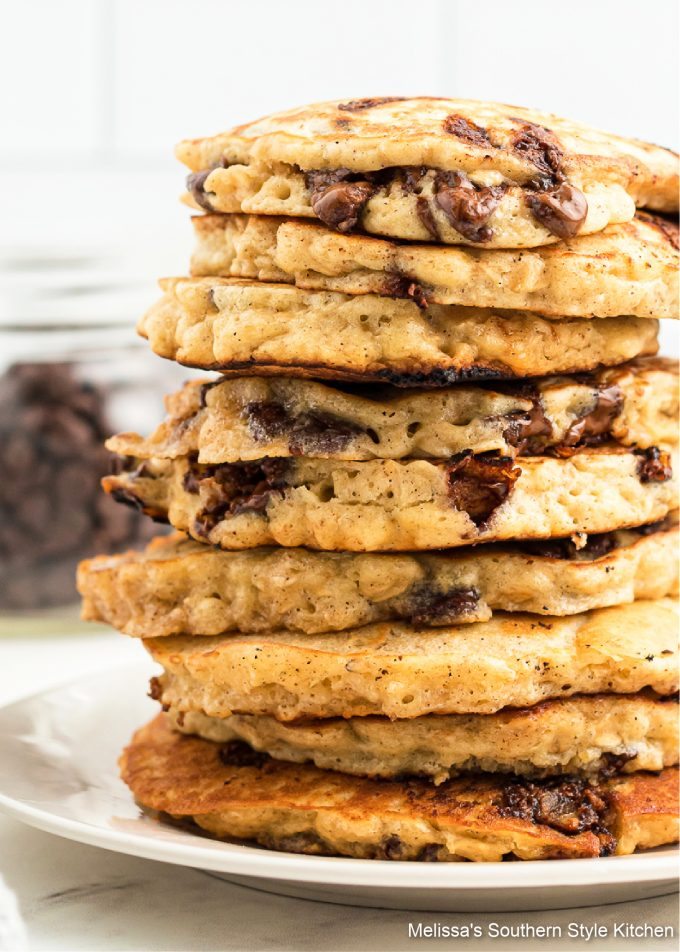 easy recipe for Oatmeal Chocolate Chip Pancakes