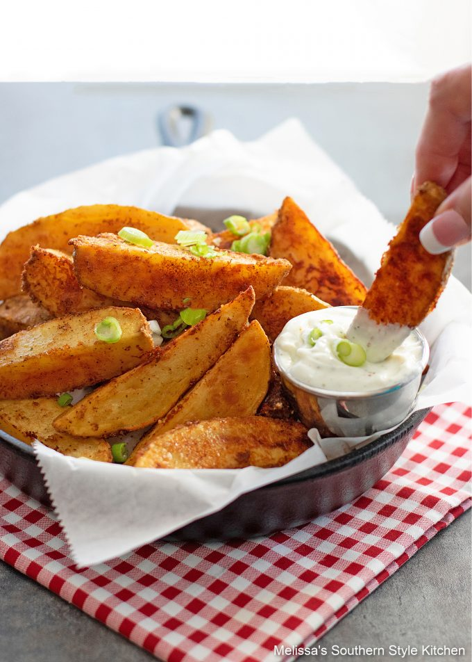 dipping baked potato wedges