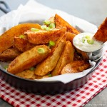 easy Crispy Baked Potato Wedges