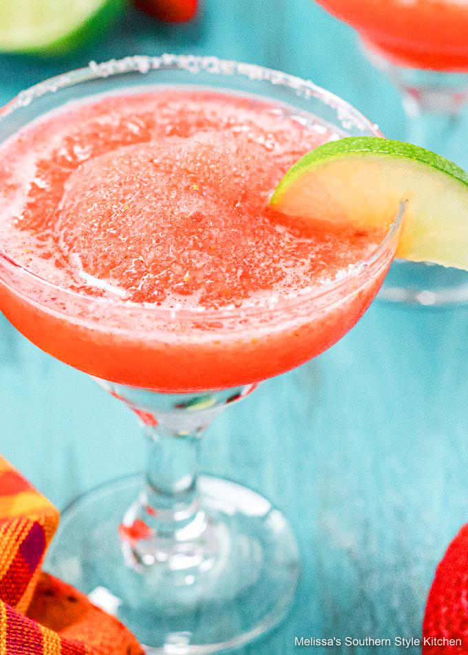 single-glass-Frozen-Strawberry-Lime-Margaritas