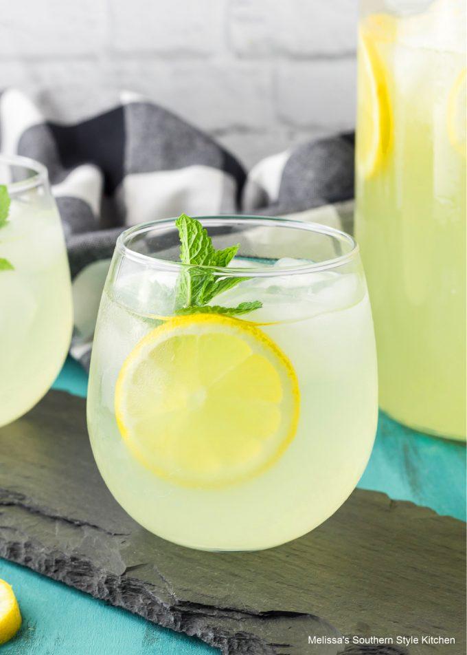 single glass Homemade Lemonade Recipe