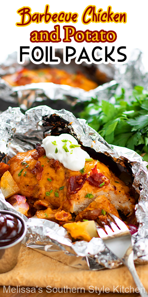 These oh so easy Barbecue Chicken and Potato Foil Packs can be made in the oven, on a grill or over a campfire #foilpacks #chickenfoilpacks #easychickenbreastrecipes #barbecuechicken #bbqchickenfoilpacks